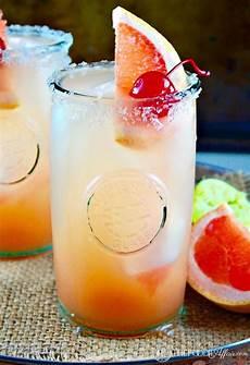 refreshing paloma cocktail