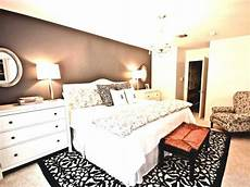 Decorating Ideas For Zebra Print Bedroom by 20 Cool Bedrooms With Zebra Print Decor
