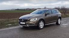 test volvo v60 cross country d4 2 4d awd