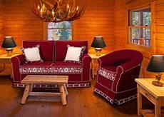 arredi tirolesi rustikale sofas tirolerstil klassische trentiner sofas