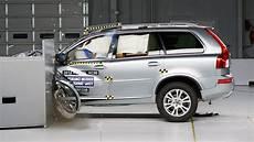 volvo xc90 no deaths 2014 volvo xc90 driver side small overlap iihs crash test