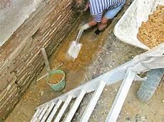 putz für feuchte wände feuchten keller innen sanieren ratgeber bauhaus