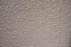 mur en crepis les conseils pour cr 233 pir un mur ext 233 rieur bricol plus
