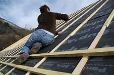 prix isolation sous toiture l utilisation d 233 cran de sous toiture pour isoler sa maison