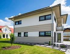Fassadengestaltung Einfamilienhaus Grau Orange Haus Deko