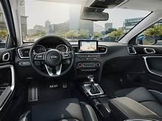Weltpremiere Der Neue Kia Ceed Autophorie De - die produktion des neuen kia ceed startet im mai mit den