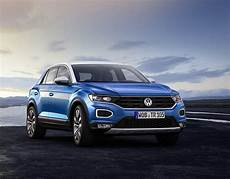 neues modell vw vw t roc 2018 revealed new suv debuts pictures pics