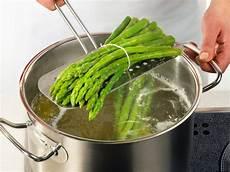 grüne spargel kochen gr 252 ner spargel 3 arten der zubereitung lecker