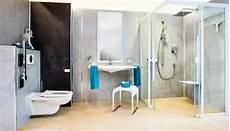 dusche behindertengerecht umbauen bad umbau kosten bad umbau mit begehbarer dusche ismaning