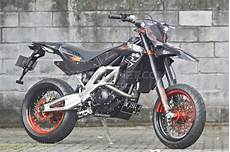 Scorpio Modif Supermoto by Modifikasi Yamaha Scorpio Jadi Supermoto Go Goblog