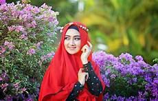 Tutorial Jilbab Pengantin Pakai Mahkota Ragam Muslim