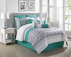 Teal Gray And White Bedroom Ideas by Teal And Gray Bedding Search In 2019 Teal Rooms