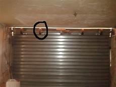 Volet Roulant Electrique De Garage En Panne