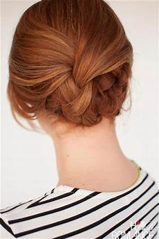 easy bridesmaid hairstyles to do yourself 25 easy wedding hairstyles you can diy bridalguide