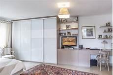 placard sur mesure portes coulissantes en verre laqu 233