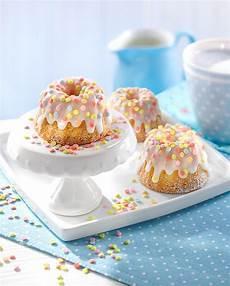 kuchen ideen kleiner mini mandel gugelhupfe mit konfetti rezept kleiner