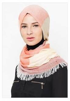 10 Model Jilbab 2019 Terbaru Yang Mempesona Jilbab Cantik