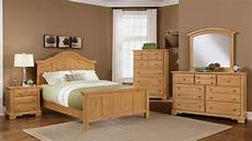Bedroom Colour Ideas With Oak Furniture by Pine Furniture Bb66 Farmhouse Washed Pine Bedroom Dfw