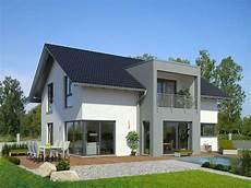 Meisterst 252 Ck Haus Mit 3 Giebel Fertighaus Mit Satteldach