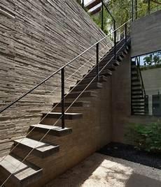 Rambarde D Escalier Exterieur Escalier Exterieur Bois Metal Maison Moderne Bancs Et