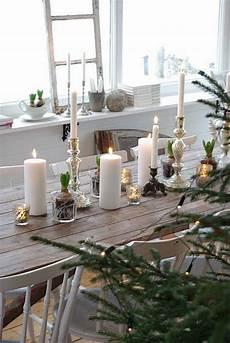 dekoideen weihnachten selber machen comment d 233 corer une table de no 235 l naturelle et originale