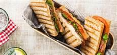 Sandwich Toast Rezepte - caprese sandwich golden toast
