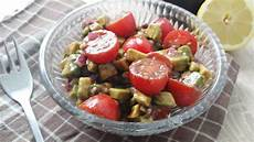 Avocado Rezepte Schnell - rezept tomaten avocado salat schnell und einfach