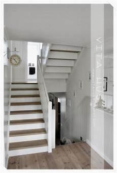 zimmer renovieren reihenfolge die besten 25 treppe renovieren ideen auf