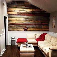 mur interieur en bois de coffrage pallet barn wood wall for the half wall fall living room