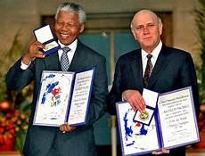 Nelson Mandela Kimdir Yordama