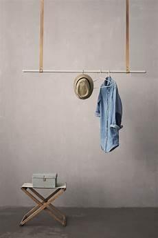 Portant Clothes Rack A Suspendre L 135 Cm Barre Grise