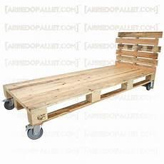letto ruote letto bancali con ruote letto singolo realizzato con bancali
