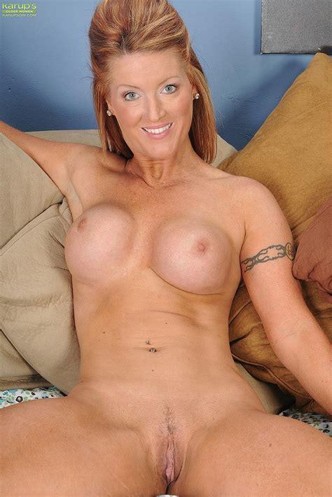 Nude Housewife Websites