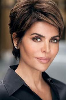 40 evergreen short hairstyles for over 50
