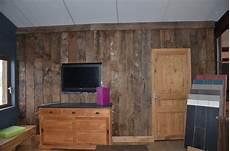 mur interieur en bois de coffrage antique wood beam facing boards bca mat 233 riaux anciens