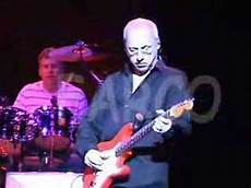 sultans of swing knopfler sultans of swing amazing audio knopfler live