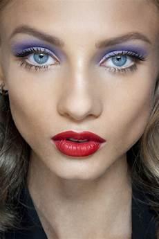 blaue augen lippenstift blaue augen betonen ein paar coole tipps archzine net