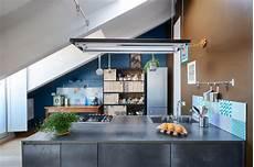 scaffali sospesi come fissare scaffali sospesi in cucina l esperto risponde