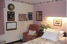 Nursing Home Room Decor Ideas how to decorate a nursing home room decorating a small