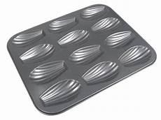 moule 12 madeleines anti adhesif de buyer