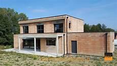 maison toit plat avec terrasse couverte nexthome cr 233 ation