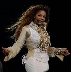Malvorlagen Jackson Janet Jackson Opens Unbreakable Tour In Vancouver