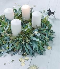 der frische adventskranz aus eukalyptus bild 6