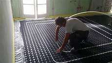 risparmio riscaldamento a pavimento impianto riscaldamento e raffrescamento a pavimento