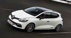 renault clio rs 220 trophy priced from 28 900 in