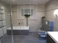 badezimmer fliesen moderne badezimmerfliesen in anthrazit und grau grey