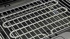 rost vom grillrost entfernen und den grill richtig s 228 ubern