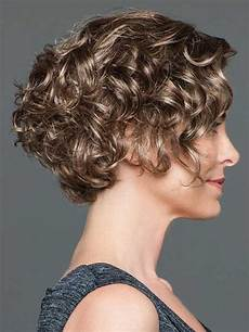 curly short hairstyles you absolutely love