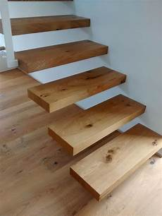 Freitragende Treppe In Eiche Freitragende Treppe Treppe