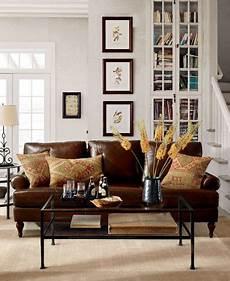 Braunes Sofa Kombinieren - white paint wall cube bookcase combine pottery barn living